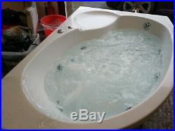 Biscay 11 Jet Whirlpool Right Hand Bath (Bath store)