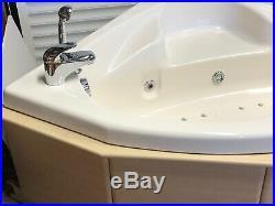Whirlpool Hydro Air Spa Jacuzzi Aqua-therapy Corner Bath