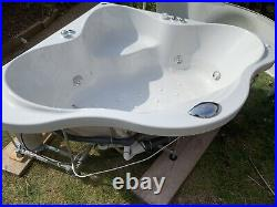 Whirlpool Jacuzzi Spa Corner Bath 1500x1500 Includes Panel