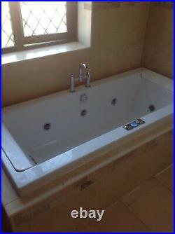 Whirlpool VT Jacuzzi Bath